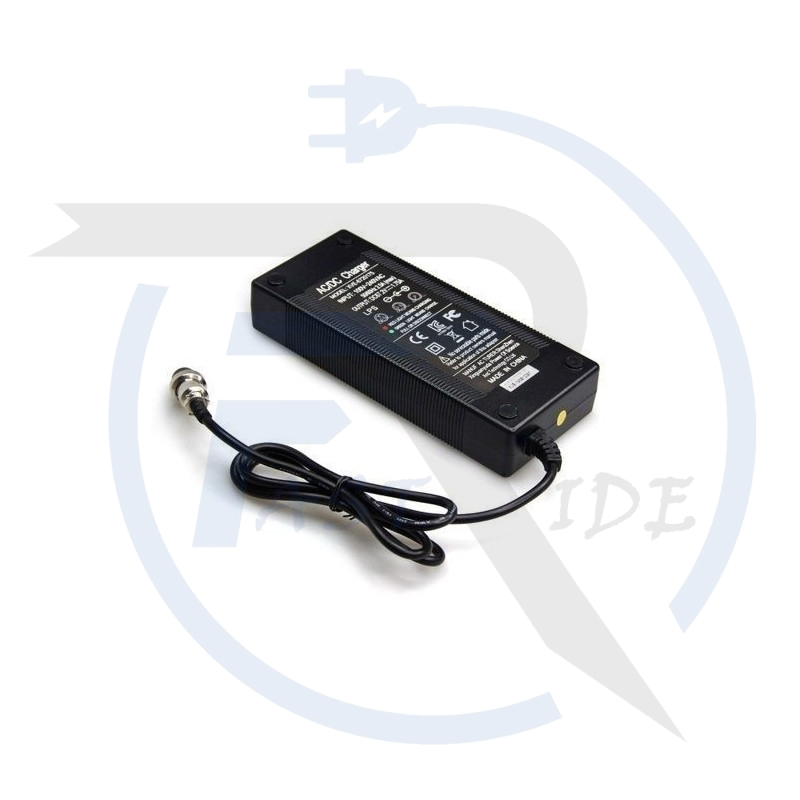 Accueil   CHARGEUR 52V
